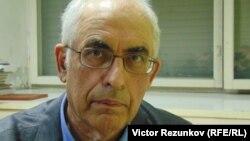 Историк Владлен Измозик