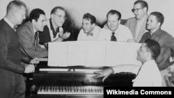 U.S. -- Wilson at a Benny Goodman rehearsal, 1950