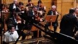 Концерт на пијанистот Дино Имери со Македонската филхармонија.
