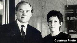 Виктор Федосеев с женой Рахиль Рубиной (Алей Федосеевой).