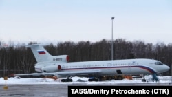 A Russian Defense Ministry Tupolev Tu-154 plane, similar to the model that flew over Washington