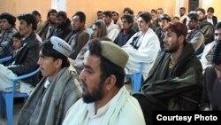 افغانستان: په کندهار ولایت کې د یوې مشاعرې ګډونوال.