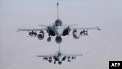 دو جنگنده رافال فرانسه در امارات