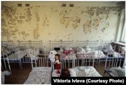 Спальня ў дзіцячым садку ў Прыпяці