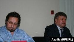 Сулдан: Андрей Бабушкин һәм Сергей Митрохин