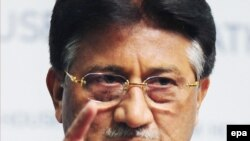 Former Pakistani President Pervez Musharraf has raised the possibility of returning to Pakistani politics.