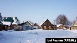 Дома цыган в селе Айша