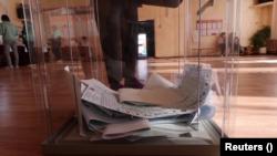 Pobeda Kremlja na izborima obeleženim nepravilnostima