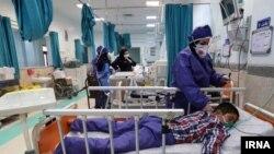 اکثر کودکانی که به دلیل ابتلا به کرونا به بیمارستان مراجعه میکنند، به دلیل حضور در اجتماعات است