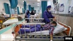 Болни от коронавируса в иранска болница. Иран е на едно от челните места по разпространение на вирусната зараза.