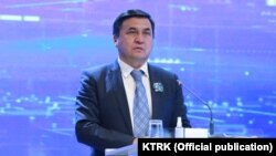 Каныбек Иманалиев.