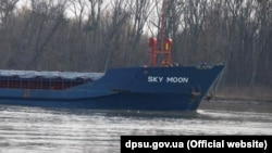 Задержанное украинскими пограничниками судно «SKY MOON»