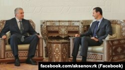 Башар Асад (праворуч) і Сергій Аксенов на зустрічі 16 жовтня 2018 року