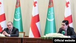 Туркменистан сегодня на международной арене придерживается политики нейтралитета, поэтому переговоры проходили в экономическом ключе