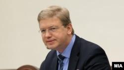 Еврокомесарот за проширување Штефан Филе во Собранието на Македонија
