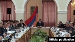 Armenia -- The cabinet of ministers meets in Vanadzor on October 1.