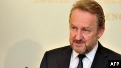 Izetbegović pozvao nadležene institucije da ne potcjenjuju ponovljenje prijetnje