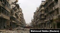 خرابههای باقیمانده از شهر حلب
