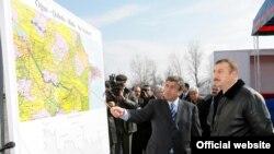 Azerbaixhan -- Presidenti Ilham Aliyev (D) Ilustrim