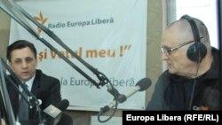 În studioul Europei Libere de la Chișinău