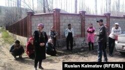 Аксынын Гүлбак айылынын тургундарынын Чаласартта үлүшкө алынган жерлери бар.