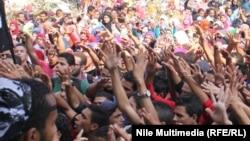 Архивска фотографија: Протест на студенти-членови на Муслиманското братство во Египет.