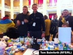 Волонтери Євромайдану готові надати і медичну допомогу