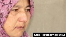 Жена одного из узбекских беженцев Гульнора Кодирова. Алматы, июнь 2011 года.