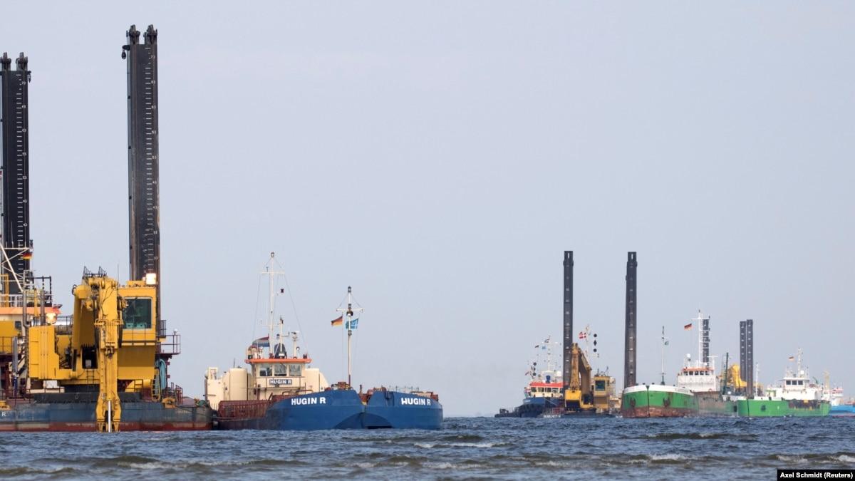 «Северный поток-2»: Россия заявляет, что готова построить судно-трубоукладач для завершения строительства