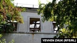 Сгоревшая часть дома №7
