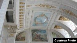 Putinin tikdirdiyi iddia olunan saray