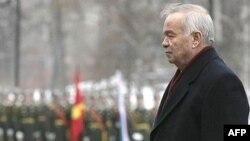 Ислом Каримов, чун ҳамтоёни дигараш дар минтақа, низ дар фикри истеъфо нест