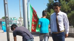 'Türkmenistanda baýdak baýramyna üns gowşaýar'