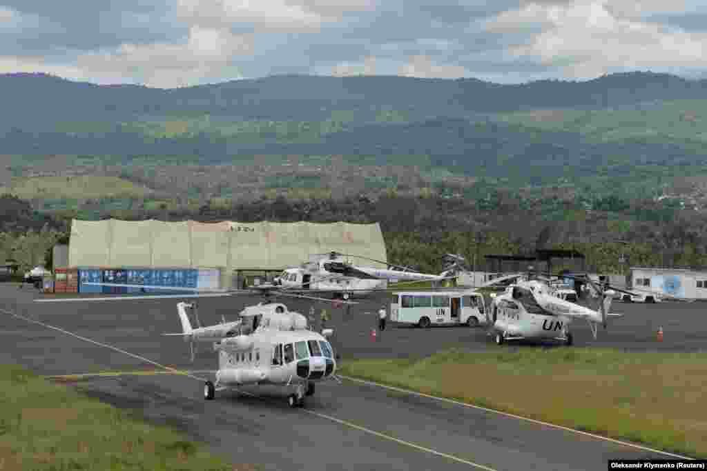 Конго – Вертольоти Мі-8 українських миротворців Місії ООН зі стабілізації в ДР Конго, аеропорта міста Букаву, 23 жовтня 2018 року