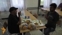 Iftari në kampin e refugjatëve