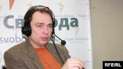 Костянтин Матвієнко, політолог