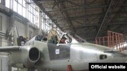 """Завод """"Тбилавиамшени"""" (""""Тбилавиастрой"""") производит военные самолеты и вертолеты, а также занимается подготовкой летчиков для грузинской армии"""