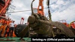Со дна Керченского пролива поднимают Ил-2