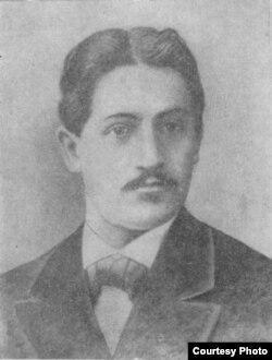 Mirzə Fətəli Axundzadənin oğlu Rəşid Axundov.