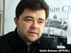 Victor Osipov în studioul Europei Libere