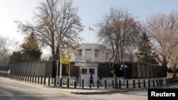 У дипломатического представительства США в Турции. Анкара, 20 декабря 2016 года.