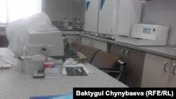 Бишкектеги Онкологиялык борбордун иштебей турган аппараты.
