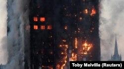 آتشسوزی در برج گرنفل در غرب لندن