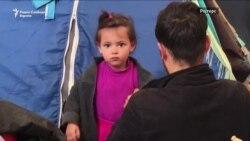 Студеното време во Грција дополнителен проблем за мигрантите