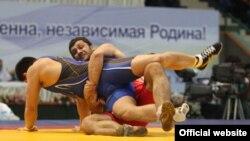 در رقابتهای قهرمانی کشتی فرنگی در ازبکستان