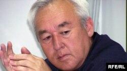 Сейітқазы Матаев, Қазақстан Журналистер одағының төрағасы. Алматы, 19 сәуір 2009 жылы.