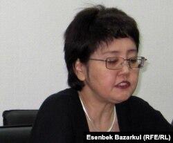 """Зауреш Батталова, президент фонда """"Развитие парламентаризма в Казахстане"""". Астана, 5 марта 2011 года."""