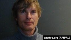 """Николай Бондарик, """"Русская партия"""" жетекшісі. Санкт-Петербург, 26 ақпан 2012 жыл."""