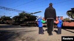 Российские танки в Крыму