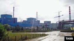 Украинадағы Хмельницкий атом электр станциясы. (Көрнекі сурет).